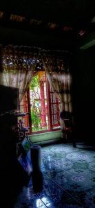 यादों की खिड़की के दो पल्ले